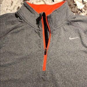 Nike1/2 Zip Training Pullover